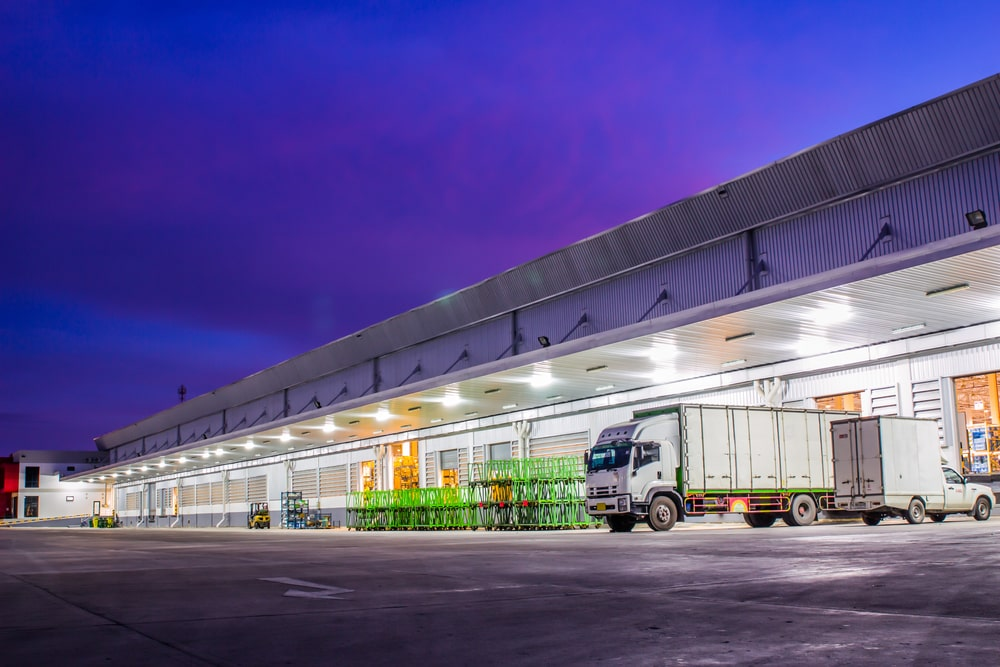 THE OUTLOOK FOR INDUSTRIAL WAREHOUSE INVESTING